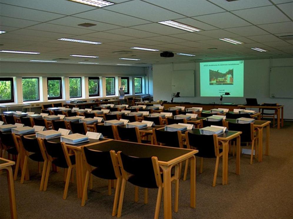 Foredrag og kursusvirksomhed